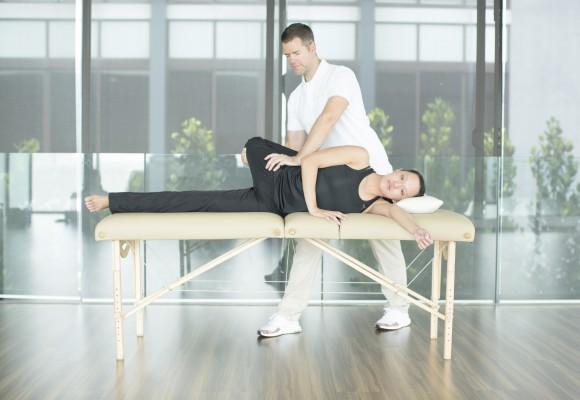 Stretch-Clinic-AIS-B01