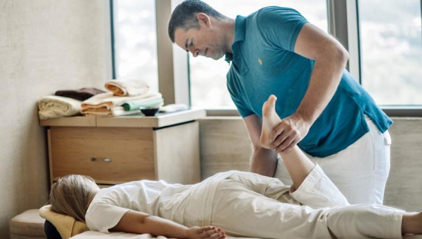 Stretch-Clinic-treat-Lower-Back-pain